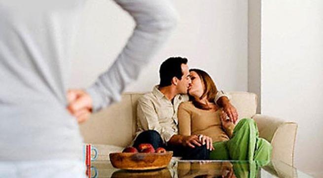5 điều cần làm khi chồng ngoại tình